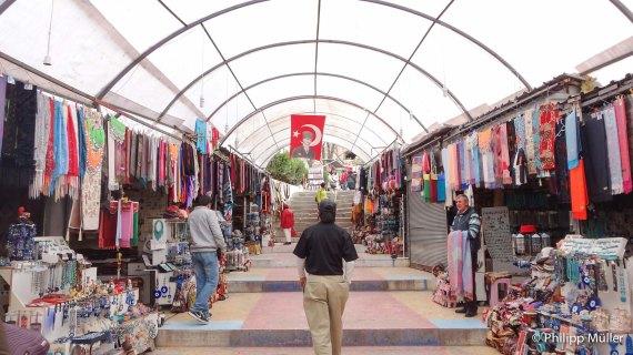 Bazar Kaymakli
